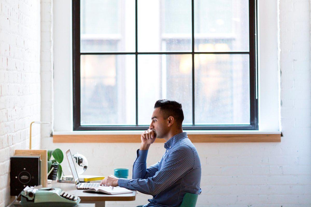 Monte um espaço exclusivo para o seu home office